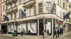 De Beers flagship store on the corner of Bond Street. Shutterstock.