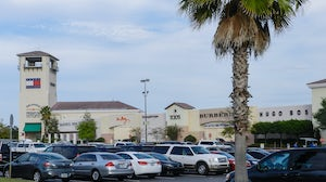 The Orlando International Premium Outlets is owned by Simon Property Group | Photo: Shutterstock