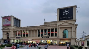 The exterior of a Shoppers Stop department store in Gjaziabad, Uttar Pradesh. Shutterstock