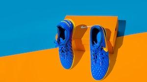 耐克运动鞋。Shutterstock。