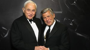 (L-R) Les Wexner and Ed Razek. Getty Images.
