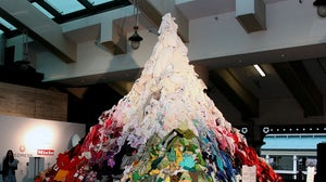 Redress' installation of secondhand clothes. Redress