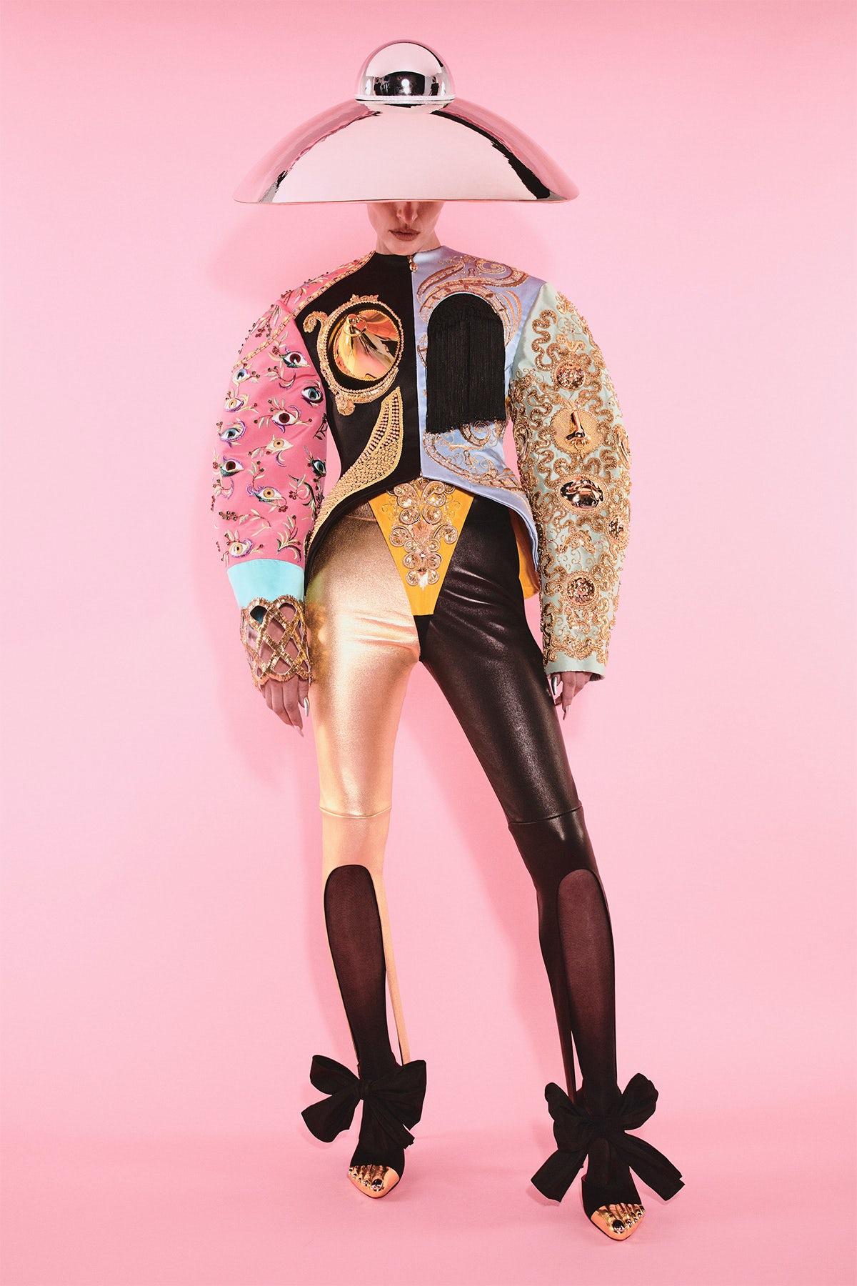 Schiaparelli Haute Couture Autumn 2021. Schiaparelli.