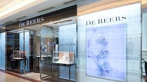De Beers store in Kuala Lumpur mall. Shutterstock.