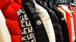 Moncler门店实景 | 图片来源:Shutterstock