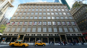The Saks Fifth Avenue flagship in New York. Shutterstock.