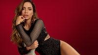 Brazilian singer Anitta in the Hope lingerie campaign. Hope.