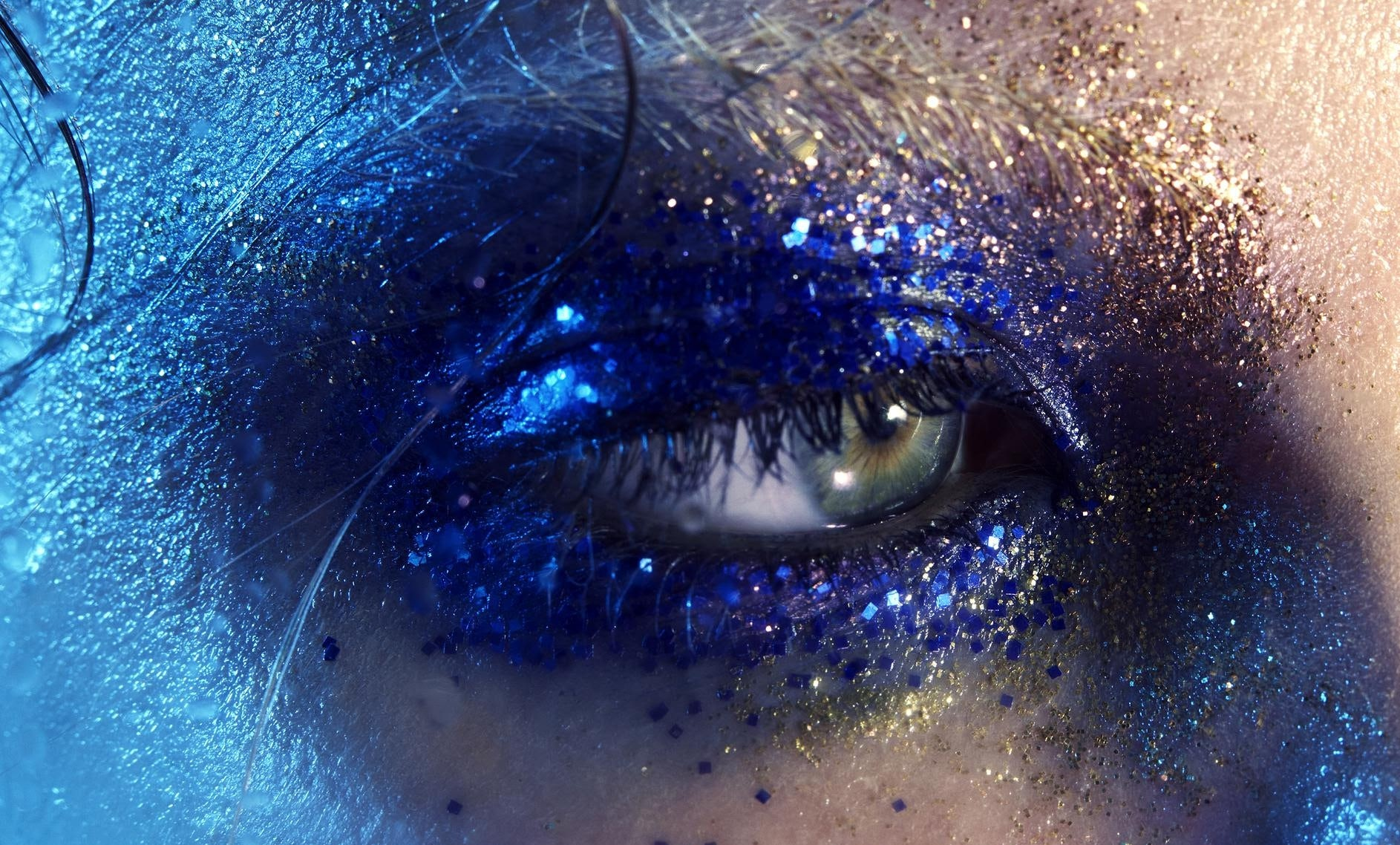 Zara launches beauty collection. Marilyn Minter.