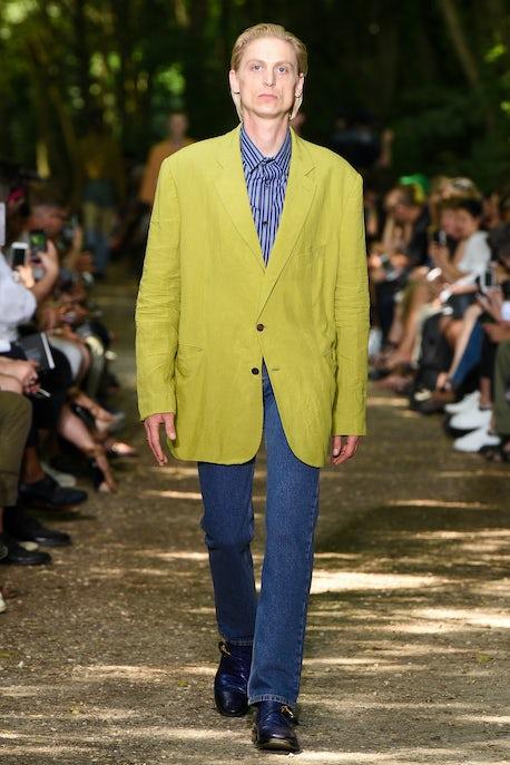 ada2b4fd115f At Balenciaga, Dadhood by Demna | Fashion Show Review, Menswear ...