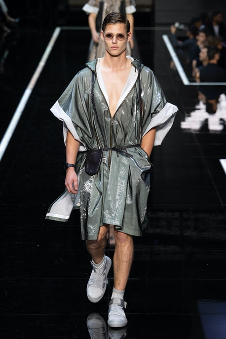 919967d326e Emporio Armani's Fashion Entertainment   Fashion Show Review, Ready ...