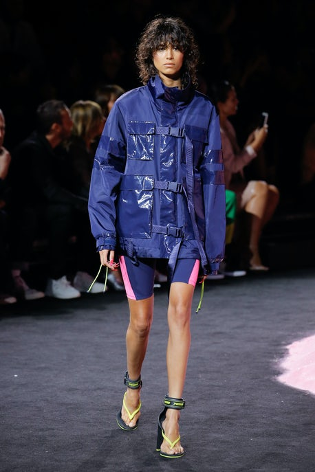 release date b591e 3c05f Rihanna Owns Her Fears at Fenty x Puma | Fashion Show Review ...