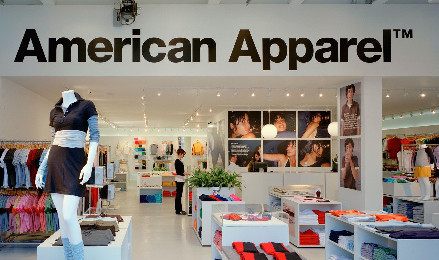 American Apparel store | Source: Shutterstock