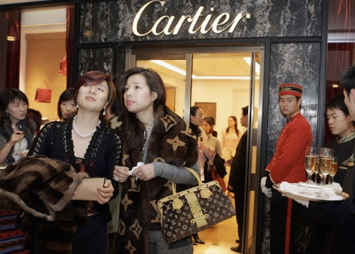 Chinese Luxury Shoppers   Source: Businessweek