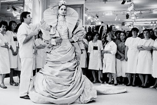 Emanuel Ungaro fitting a model | Source: NY Times