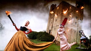 Alexander McQueen and Isabella Blow | Photo: David LaChapelle