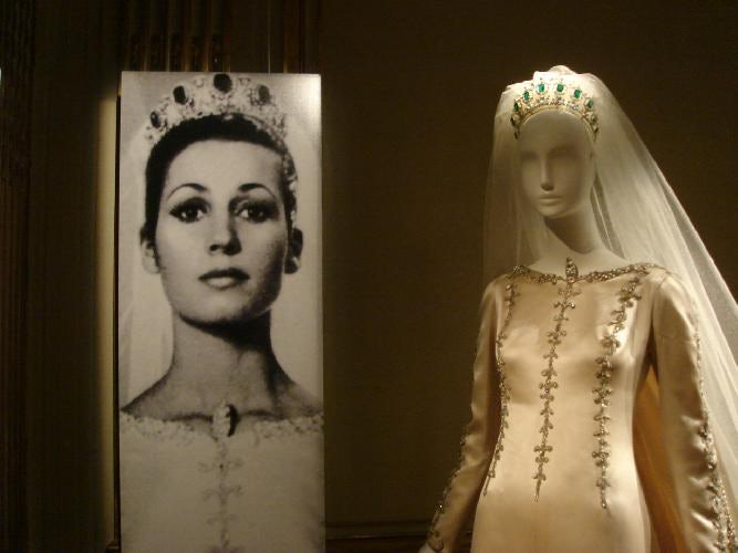 Mona Bismarck wedding dress by Cristobal Balenciaga | Source: monabismarck.org