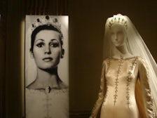 Mona Bismarck wedding dress by Cristobal Balenciaga | Source: monabismarck.org