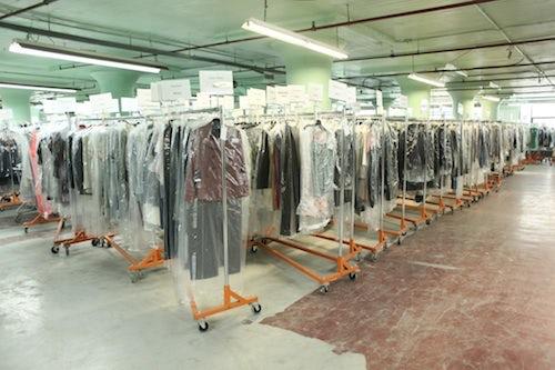 Gilt Groupe warehouse   Source: Fantabulously Frugal