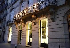 Givenchy store Paris | Source: Paris.com