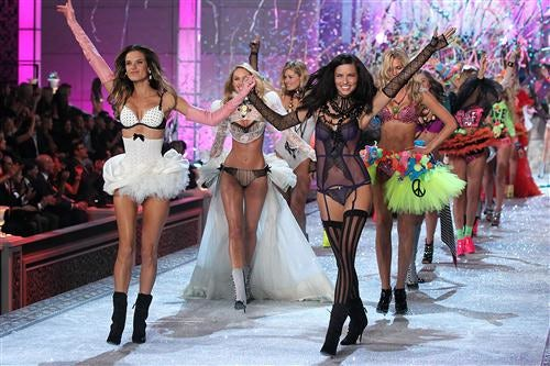 Victoria's Secret Fashion Show 2011 | Source: Mod TV