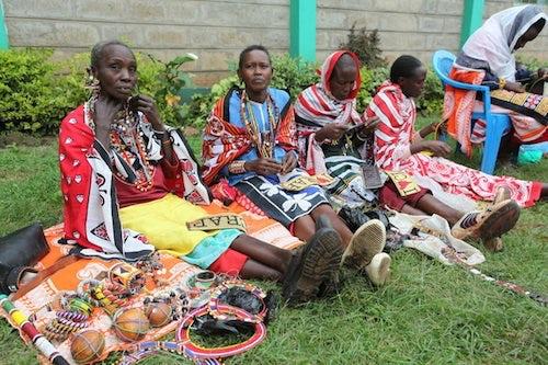 Masai beaders by Chloé Mukai | Source: IHT