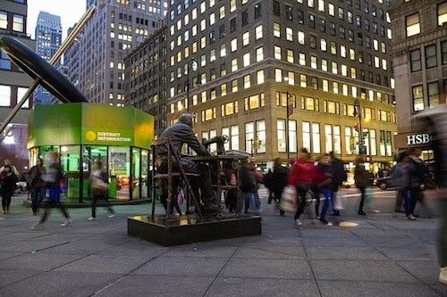 Garment District, New York by Benjamin Chasteen | Source: The Epoch Times