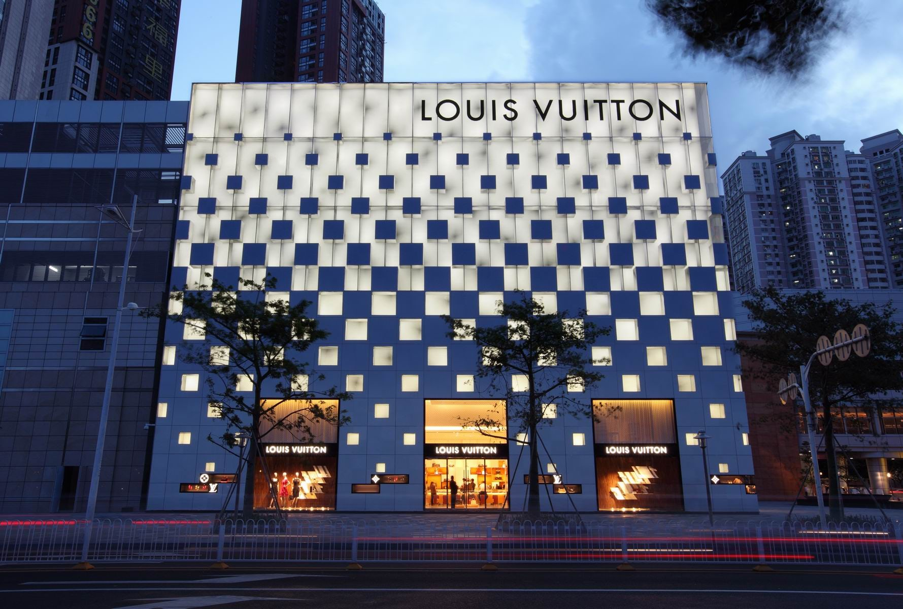 Louis Vuitton, Shenzhen, China | Source: Richards Basmajian