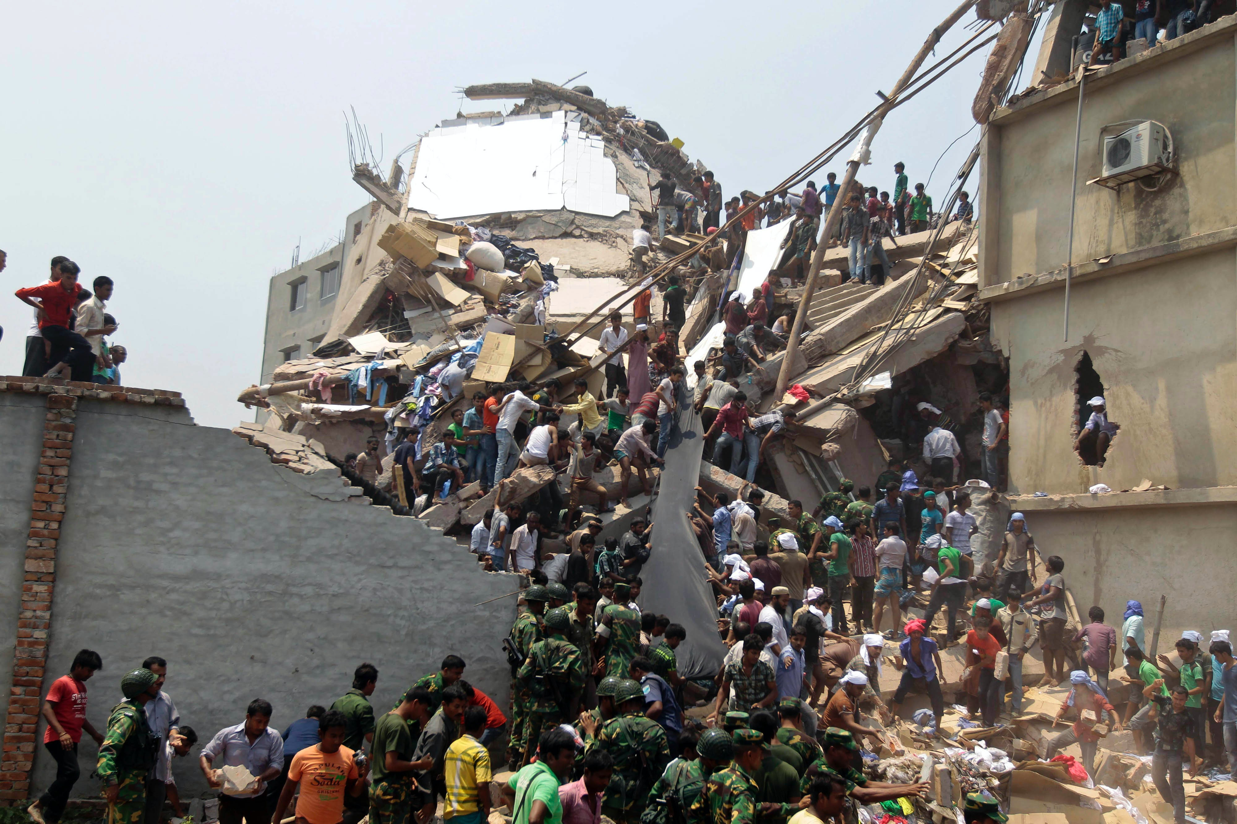 Collapsed building in Dhaka, Bangladesh | Source: Associated Press