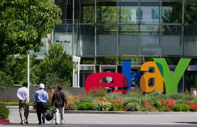 EBay Forecasts Sales That May Miss Estimates Amid Amazon Rivalry
