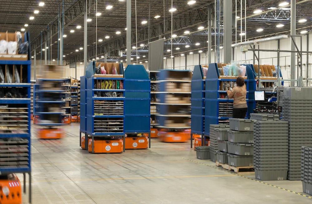 Inside the Quiet Logistics fulfilment centre in Devens, Massachusetts | Source: Quiet Logistics
