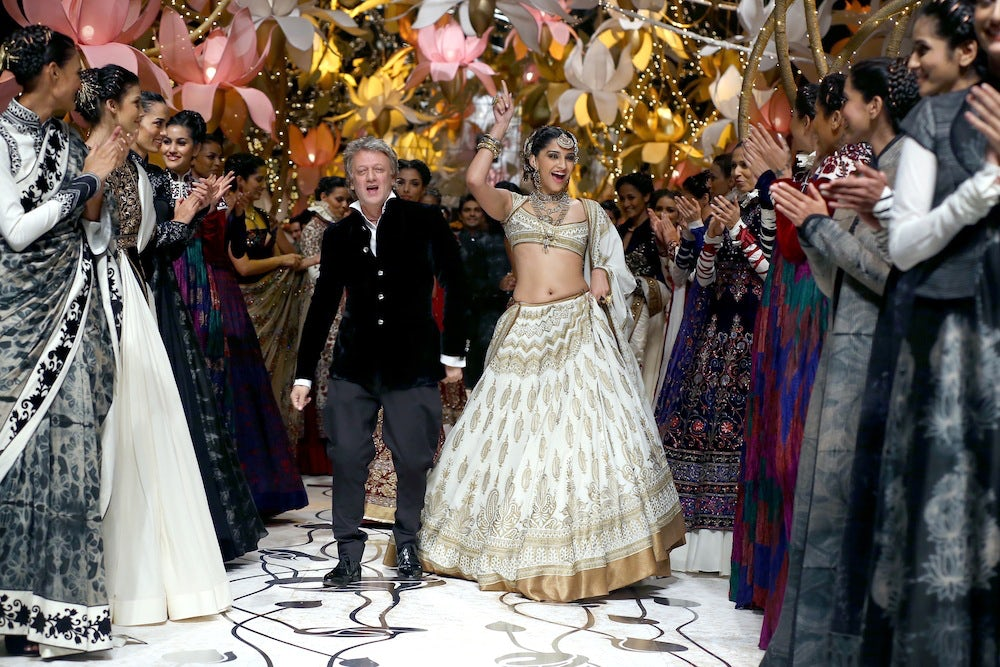 Rohit Bal and Sonam Kapoor at India Bridal Fashion Week 2013 | Source: Rohit Bal