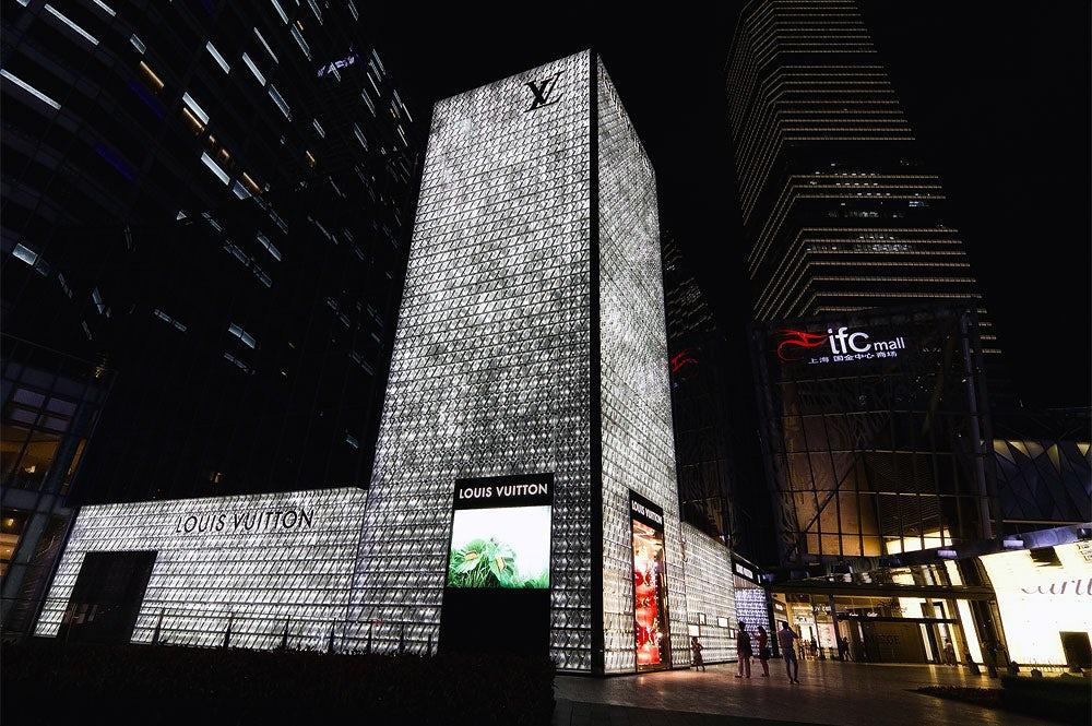 Louis Vuitton in Shanghai | Source: Flickr