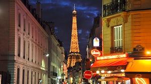 Paris streetscape | Source: Shutterstock