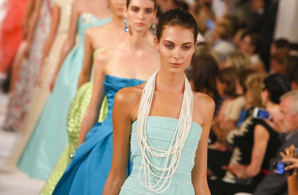 Oscar de la Renta Spring/Summer 2014 at New York Fashion Week   Source: NowFashion