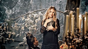 Rosie Huntington-Whiteley in Marks & Spencer Christmas ad | Source: M&S