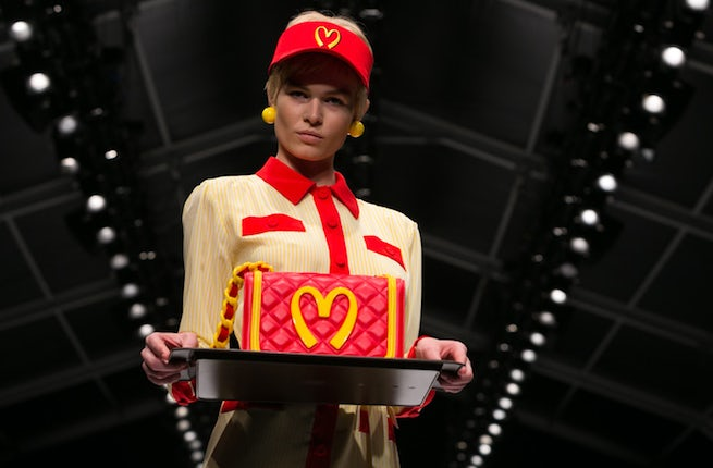 A look from Jeremy Scott's debut runway collection for Moschino | Source: Nowfashion.com