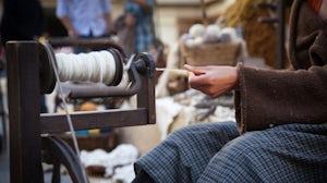 Spinning wool | Source: Shutterstock