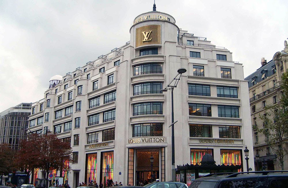 Louis Vuitton flagship on the Champs-Élysées, Paris | Source: Wikimedia