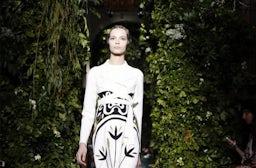 Valentino haute couture A/W 2014 | Source: Nowfashion.com