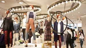 Inside H&M's Oxford Circus store, London | Source: Shutterstock