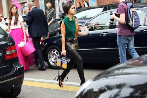 Miroslava Duma carries a Paula Cademartori handbag | Source: