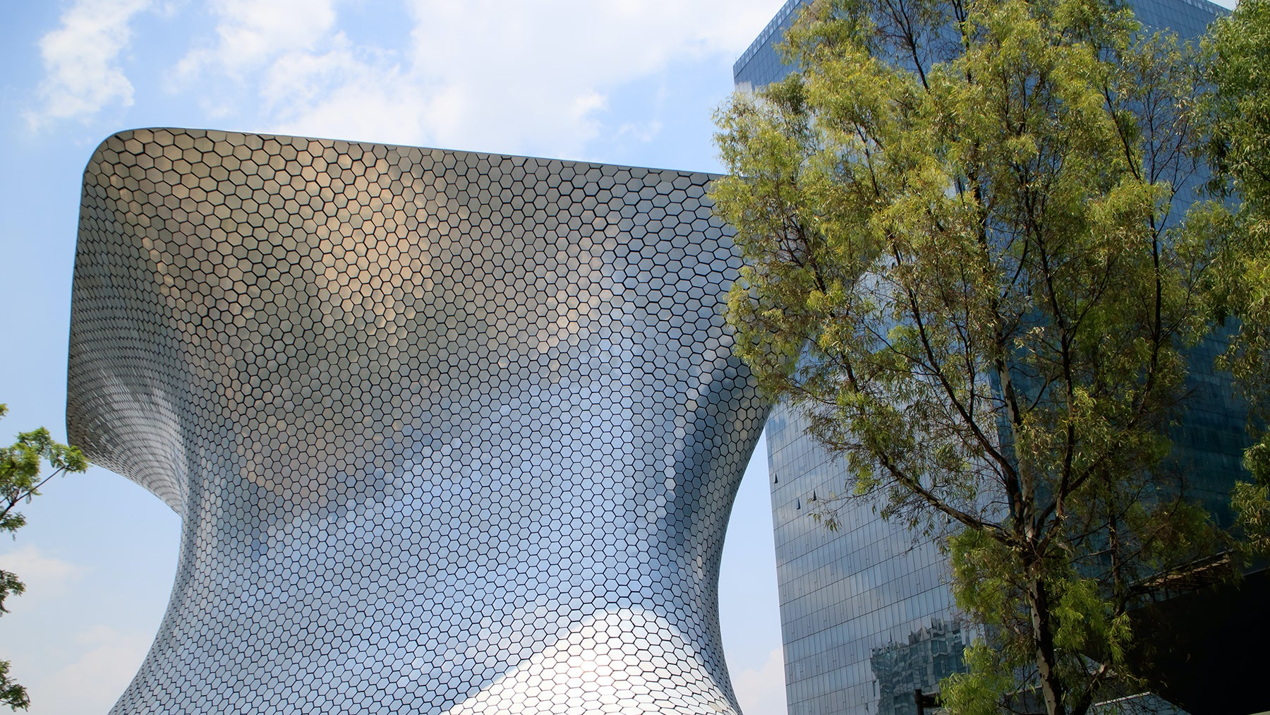 Museo Soumaya in Mexico City, home to many of the capital's luxury retailers | Source: Shutterstock