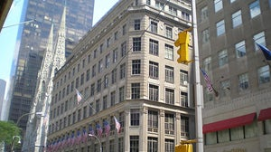 Saks Fifth Avenue, New York | Source: Wikimedia