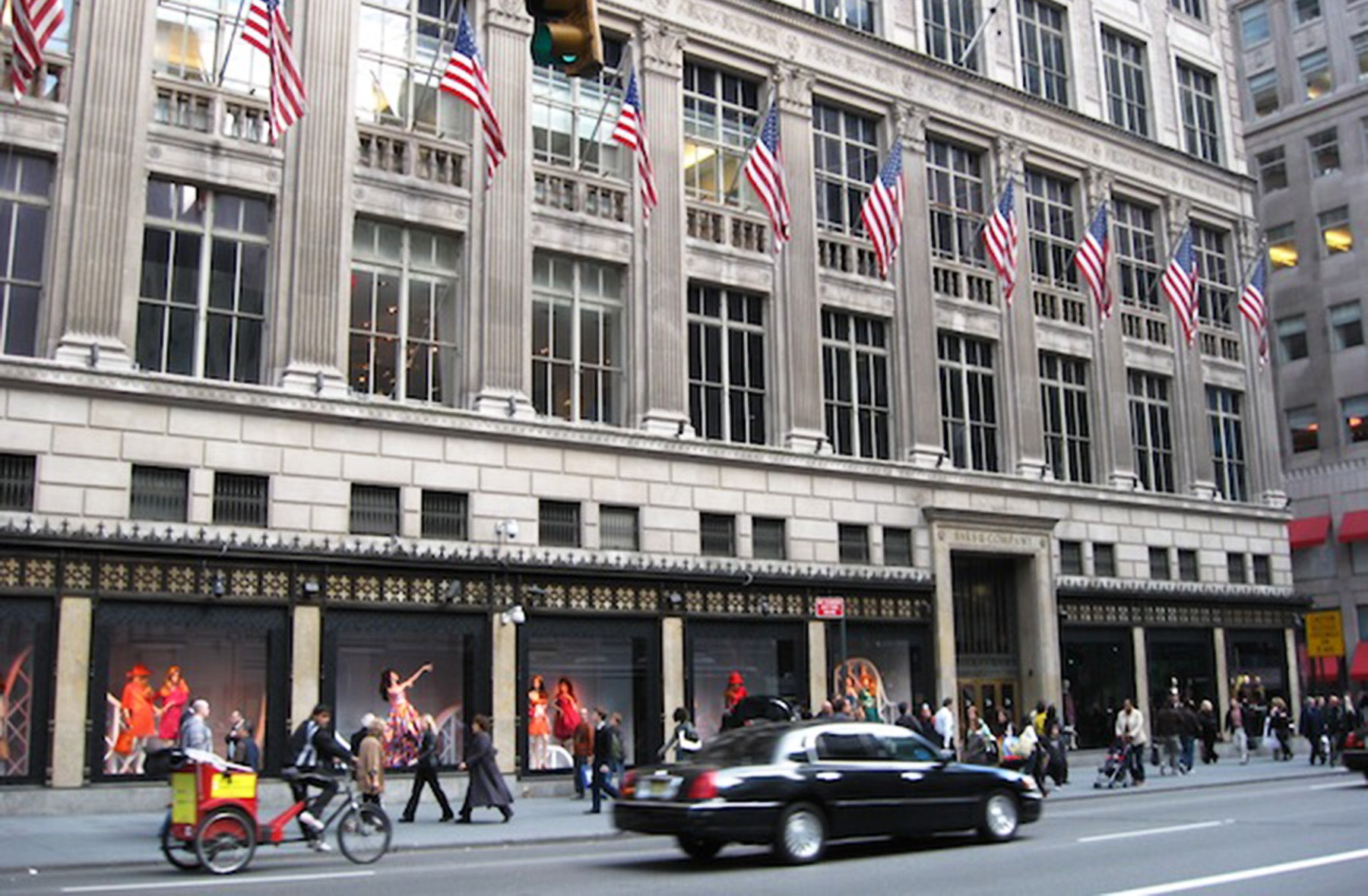 Saks Fifth Avenue, New York | Source: Saks Fifth Avenue