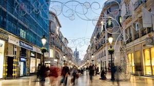 A city shopping street   Source: Shutterstock/Steven Bostock