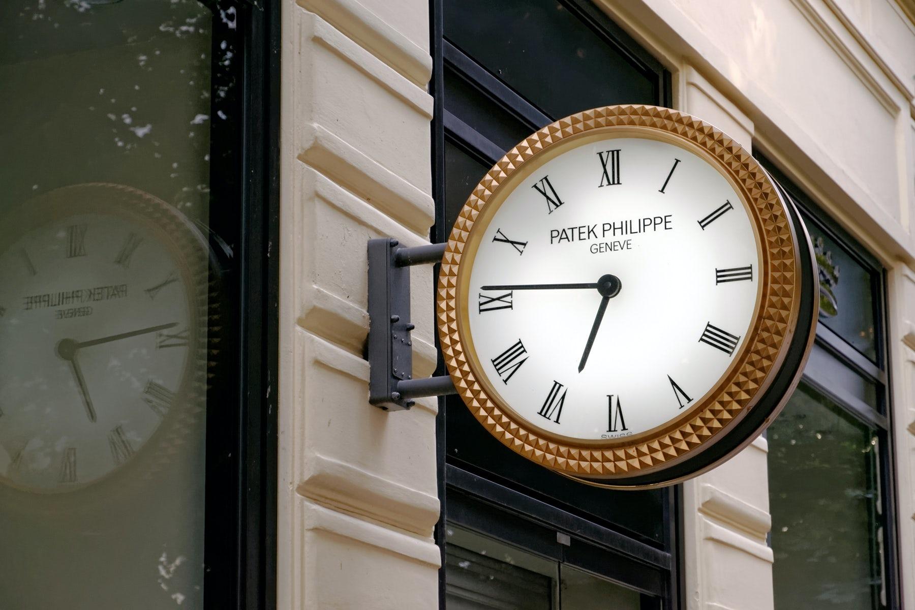 Patek Philippe analogue clock | Source: Shutterstock
