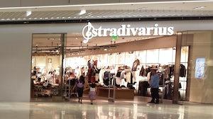 Stradivarius store | Source: Wikimedia