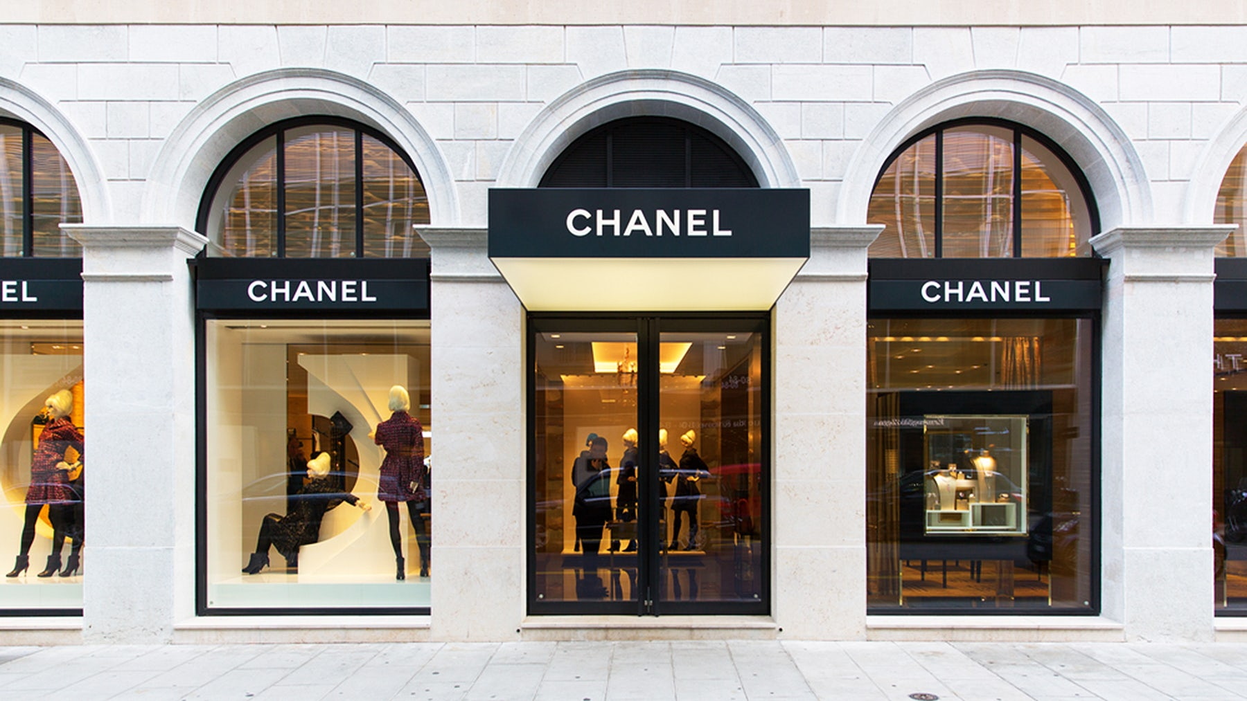 Chanel store | Source: Shutterstock
