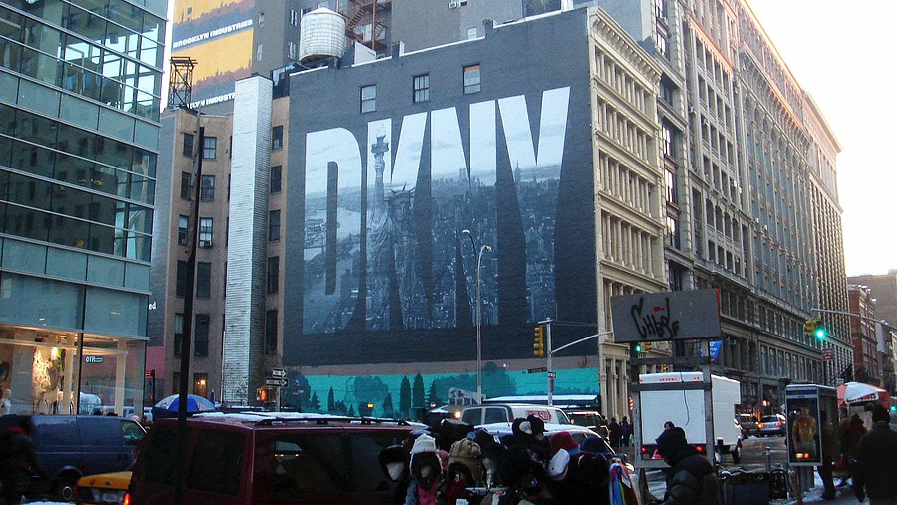 DKNY billboard in Soho, New York | Source: Flickr/Rob Smith
