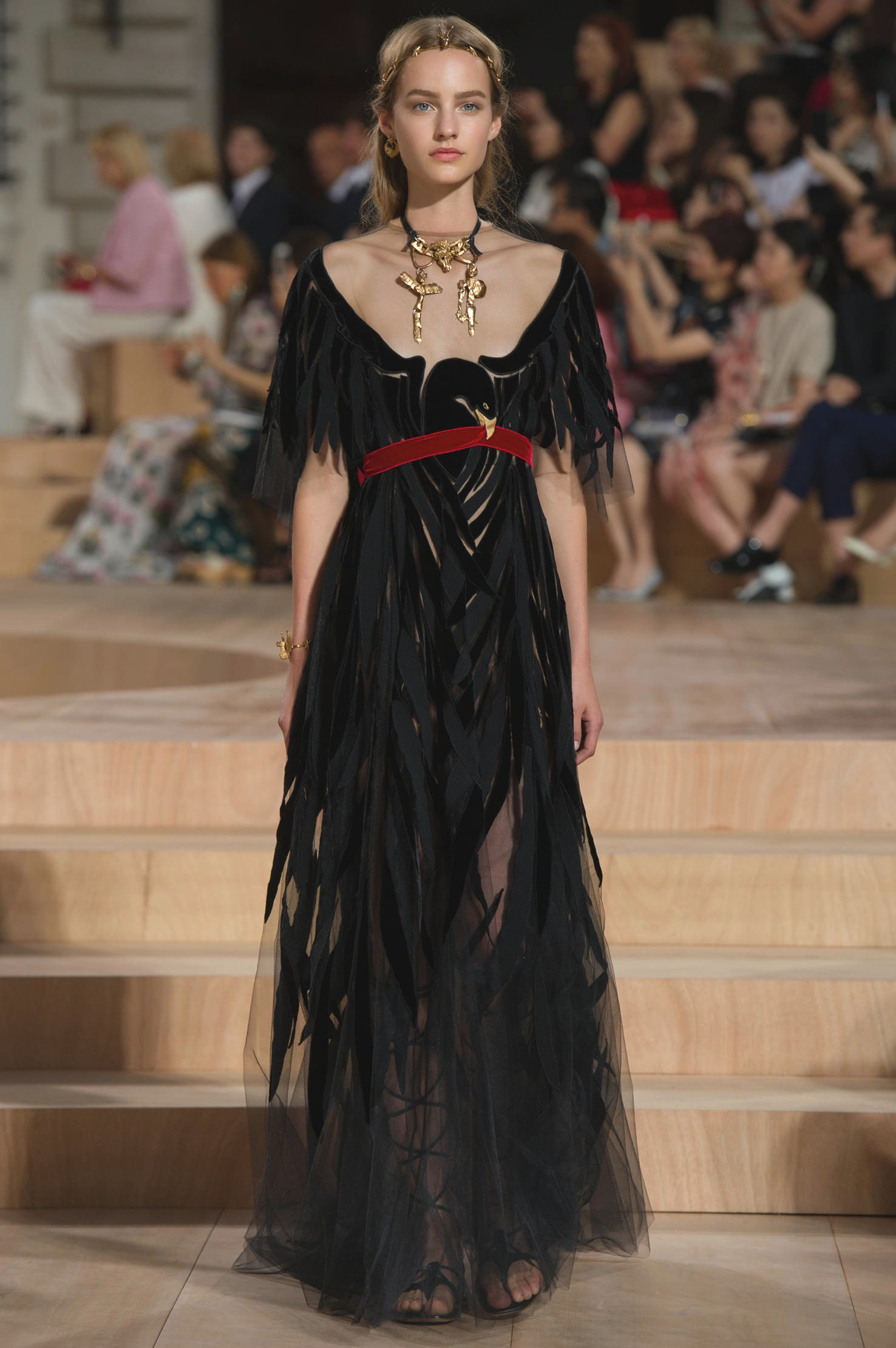 Chloé Spring 2016 Ready-to-Wear Collection | Glorias Mood